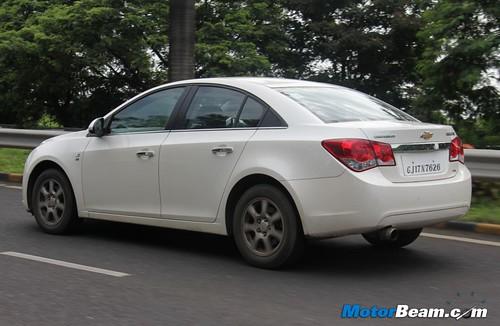 2012-Chevrolet-Cruze-39