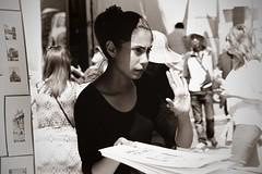 stop for a minute (TIBBA69) Tags: street blackandwhite rome roma canon strada bokeh biancoenero sfuocato streetphotgraphy stopforaminute andreatiberini