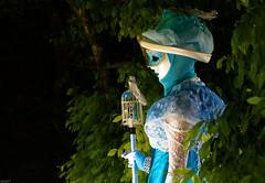 Au jardin des cinq sens... (J&S.) Tags: france costume lumire jardin promenade carnaval dfil hautesavoie laclman yvoire cinqsens