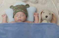 Baby (Eiker G) Tags: light baby rabbit love vintage nikon flickr babies photoshoot conejo venezuela beb newborn babyboy babylove nikond90
