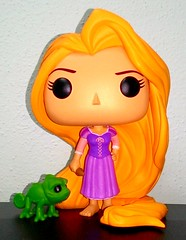 Funko Pop Rapunzel and Pascal (Big-Eyed) Tags: vinyl disney pop collection figure pascal rapunzel collector tangled funko raperonzolo funkopop