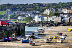 Low tide at St Ives, Cornwall (Baz Richardson) Tags: cornwall fishingboats stives harbours stivesharbour cornishtowns
