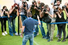 Presentacin Zapater (8 de 33) (Fernando Soguero) Tags: nikon soccer sigma zaragoza futbol realzaragoza d5000 fernandosoguero fsoguero feranndosoguero