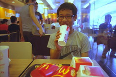 We're lovin' it (famnighjarta) Tags: food nikon die kodak young mc fries 400 oily f3 donalds