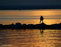 Dont miss a step! (4chunmaker) Tags: sunset sky blackandwhite beach water sunrise island long