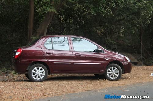 2012-Tata-Indigo-eCS-18