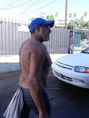 DSCN0325 (CAHairyBear) Tags: shirtless hairy man men uomo mann hombre homme hom hairyback lospayasos