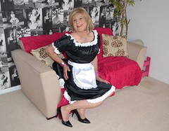 j53 (jennella pettilove) Tags: feminine apron sissy pinafore pinny frilly frenchmaid kittel sissymaid housemaid schort malemaid sissymaidsapron crispystarched
