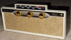 vintagetransistorradio vintagesilvertonetransistorradio silvertonemodel19transistorradio