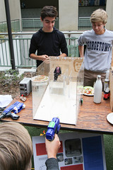 PZ20160513-024.jpg (Menlo Photo Bank) Tags: ca people food usa game boys students us spring quad science event smallgroup atherton 2016 engaging upperschool makerfaire menloschool photobypetezivkov appliedscienceresearch