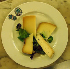 secondopiatto formaggi birra paolo gori (burde73) Tags: spezie orzo patata formaggi valdarno cereali malto luppolo birrificio birrificiovaldarnosuperiore stufatosangiovannese patatecetica alessimofambrini