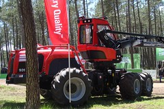 Forexpo 2016(105) (TrelleborgAgri) Tags: forestry twin tires trelleborg skidder t480 forexpo t440