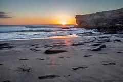 Relaxing. (Anscheinend) Tags: sunset summer orange beach rocks fuerteventura atlantic