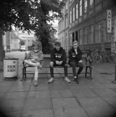 Bevar Christiania (holtelars) Tags: mamiya mamiyac330 tlr twinlensreflex twinlens mamiyasekor 65mm f35 6x6 square squareformat 120 film analog ilford ilfordhp5 hp5plus expired 400iso mediumformat analogue blackandwhite classicblackwhite bw monochrome filmforever filmphotography compardr09spezial r09spezial rodinalspecial studional larsholte homeprocessing street copenhagen kbenhavn danmark streetphotography