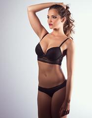 _DSC4808_4291h (Sebi.) Tags: madrid portrait espaa woman sexy beauty studio model nikon retrato interior elinchrom lencera