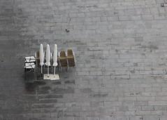 IMG_0116 (Lig Ynnek) Tags: patio tableumbrella portugaloportoporto