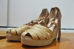 Espadrille, Empório Naka (grainsdebeaute_brecho) Tags: verão palha venda sandália novos tiras brechó espadrille brecho usados grainsdebeauté empórionaka