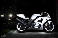 Let there be light!! (dkfx photography) Tags: 35mm tripod f2 whiteknight cbr cbr929 fireblade cbr929rr 929rr thewhiteknight dkfx 1dmarkiv 1dmark4 1dmk4 hondacbr929rr 1dmkvi