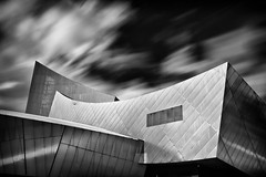 317|365 Imperial War Museum North, Salford Quays; Daniel Libeskind (PeterChinnock) Tags: city bw museum architecture project manchester big movement media war long exposure day daniel north 110 stop nd ten imperial 365 libeskind salford quays stopper 317 peterchinnock