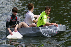 Another Robo-Wars Inspiration (MalB) Tags: cambridge boats pentax cam cardboard k5 suicidesunday