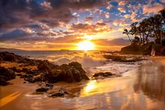 The Wedding Beach (mojo2u) Tags: ocean sunset beach hawaii secretbeach maui makena weddingbeach nikon2470mm nikond700