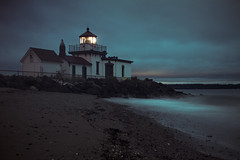 Lighthouse Dawn (Simple Insomnia) Tags: seattle longexposure night sunrise cool discoverypark westpointlighthouse