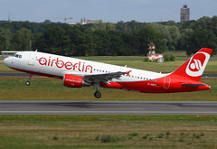 Air Berlin Airbus A320-214 D-ABFG TXL 21-07-12 (Axel J.) Tags: airport aircraft aviation airline airbus flughafen flugzeug aeropuerto flugplatz avion airfield aviação a320 aviones txl vliegtuig airberlin aviación luftfahrt luchthaven ottolilienthal fluggesellschaft berlintegel