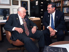 Edward Teller and Spencer Abraham (llnl photos) Tags: starwars teller nuclearbomb manhattanproject llnl manhattenproject hydrogenbomb lawrencelivermore spencerabraham spencerabrahamedwardteller