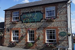Upper Hale, Alfred Free House (Dayoff171) Tags: uk greatbritain england village surrey pubs 2012 publichouses gbg boozers upperhale gbg2012 alfredfreehouse gu90ja