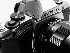 Dreamteam II (redstarpictures) Tags: camera lens olympus nokton voigtlnder kamera omd 25mm f095 objektiv