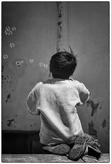 Les bulles-1 (philippe provost) Tags: kid nikon child games dos enfants bulles prou savon pushover jeux