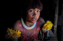 Yawalapiti (guiraud_serge) Tags: brazil brasil amazon tribes brsil amazonia tribu amazonie tribos yawalapiti povosindigenas portraitindien enfantindien sergeguiraud jabiruprod ornementscorporels