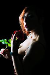 Candymou (Valerio Mellini) Tags: studio rosa indoor carla lowkey modella