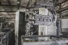 dmuchanko (PanMajster) Tags: industry metal volvo pentax head poland polska blowing blow cleaning cylinder k5 przemys gowica dmuchanie silnika oczyszczanie