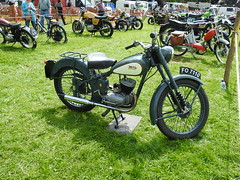 Abergavenny Steam, Vintage & Veteran Rally, Bailey Park, Abergavenny 30 May 2016 (Cold War Warrior) Tags: d1 bsa bantam abergavenny birminghamsmallarmscompany d1bantam