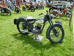 Abergavenny Steam, Vintage & Veteran Rally, Bailey Park, Abergavenny 30 May 2016 (Cold War Warrior) Tags: d1 bsa bantam abergavenny birminghamsmallarmscompany d1bantam