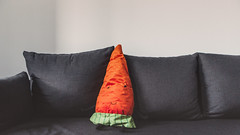 01.06.2016 (Fregoli Cotard) Tags: stuffedtoy ikea toy george kiddy sofa carrot chill dailyphoto photodiary photojournal 366 childsday dailyjournal dailyphotograph everydayphotography everydayphoto 366days aphotoeveryday stuffedcarrot 366project 366daily 153366 153of366 everydayjournal 1ofjune 366photoproject carrottoy 366dailyjournal 366dailyproject photographicaljournal ikeacarrot