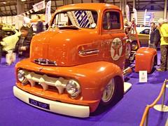 144 Ford F - Series (1st Gen) Recovery Truck (Custom) (1951) (robertknight16) Tags: usa ford pickup 1950s texaco wrecker fseries nec2013 252yup