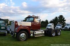 1989 Mack RW613 Superliner Tractor (Trucks, Buses, & Trains by granitefan713) Tags: truck antiquetruck vintage oldtruck macungie old school mack macktruck tractor trucktractor daycab nonsleeper mackrw613 rw613 superliner macksuperliner