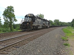 Norfolk Southern B09 / westbound at MP 474 (codeeightythree) Tags: otis ns railroads geep gp402 norfolksouthernrailroad otisindiana coiltrain norfloksouthernchicagoline steelcoiltrani