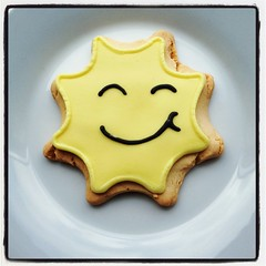 Smiley Sun (magnum_lady) Tags: ireland food cute yellow star cookie biscuit sligo
