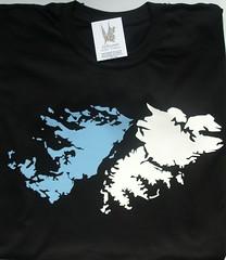 Remera islas Malvinas (Lady Krizia) Tags: argentina tshirt malvinas vinilo islas remera wilwarin remeras estampado termoestampado