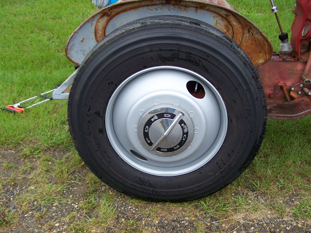 Ford Tractor Hubcaps : The world s newest photos of and tractor flickr hive