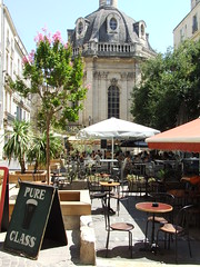 Place St Come (Peter Curbishley) Tags: square restaurants montpellier tables parassols