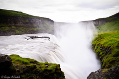 Gullfoss (Cascada Dorada) (hunter of moments) Tags: road travel viaje blue light sky naturaleza white mountain color green art luz nature water azul clouds way landscape island luces waterfall iceland islandia agua nikon camino natural natura paisaje cielo montaa foss gullfoss isla cima cascada d5000