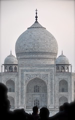At First Sight (The Spirit of the World) Tags: india architecture tomb tajmahal agra unescoworldheritagesite mausoleum whitemarble mughalarchitecture thegalaxy historicalindia iconicindia famoussightsintheworld famoussightsinindia jewelofmuslimart