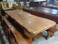 IMG_0863 (serafinocugnod) Tags: legno tavoli
