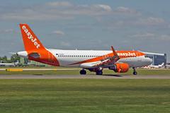"G-EZOU Airbus A.320-214SL easyJet MAN 03-06-16 (PlanecrazyUK) Tags: egcc manchester man ringway ""manchester airport"" gezou airbusa320214sl easyjet 030616"