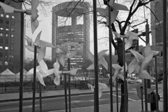 Urb15 Df_1314 (c a r a p i e s) Tags: carapies cityscapes asia korea seoul insadong 2015 nikondf bw blackwhite blancoynegro newurbanspaces architecture arquitectura fotografiaurbana urbanphotography urban urbanidad urbvanidad urbvanity urbanphoto streetphoto streetphotography streetlife
