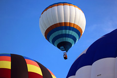 UP UP AND AWAY---- (A Picture is Worth ---) Tags: balloons summerfun hotairballoons fullofhotair